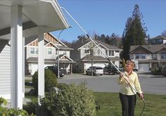 Gutter cleaning wand Vancouver - Weatherguard Gutters