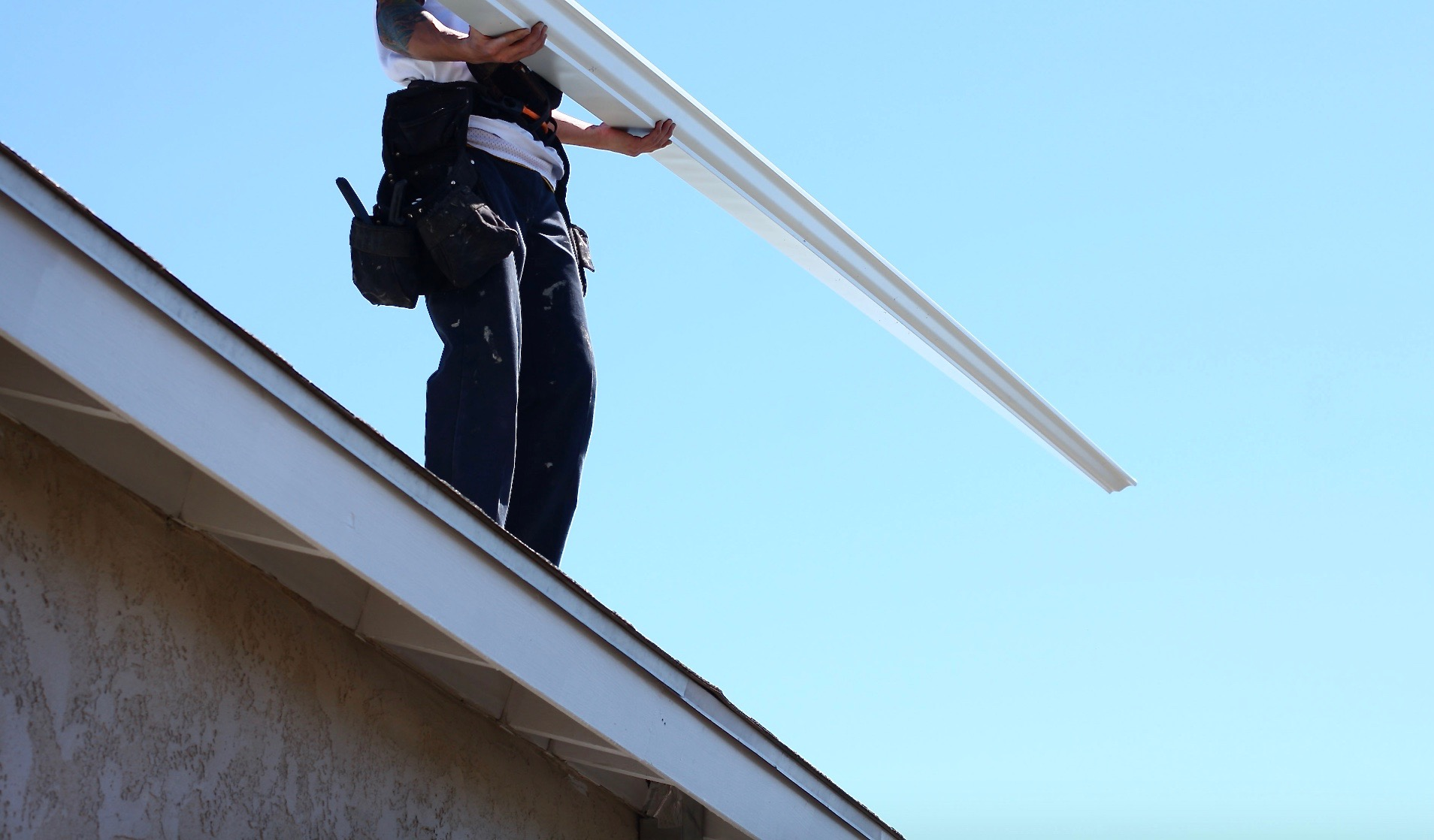 When do gutters need to be replaced for Does a house need gutters